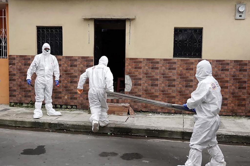 Autoridades en Ecuador retiraron 150 cadáveres de las calles y viviendas de Guayaquil en medio de la pandemia de coronavirus