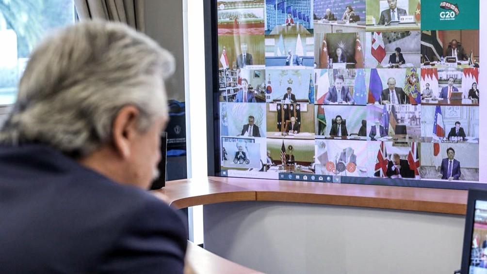 Fernández dialoga vía teleconferencia con los gobernadores y Rodríguez Larreta